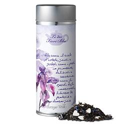 Ceai negru cu petale de flori albastre